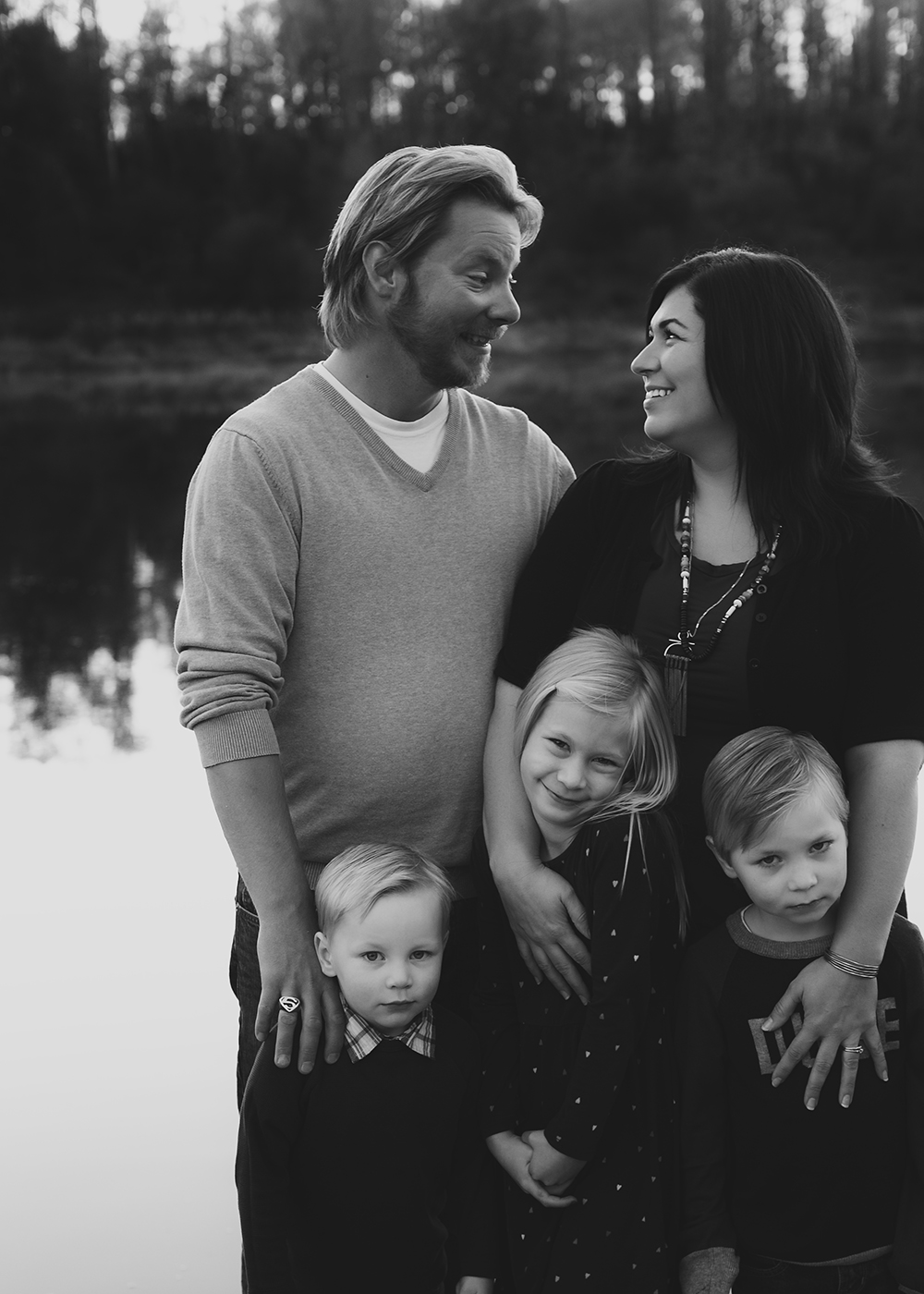 Labrenz Sneak 6_Edmonton Family Photographer.jpg