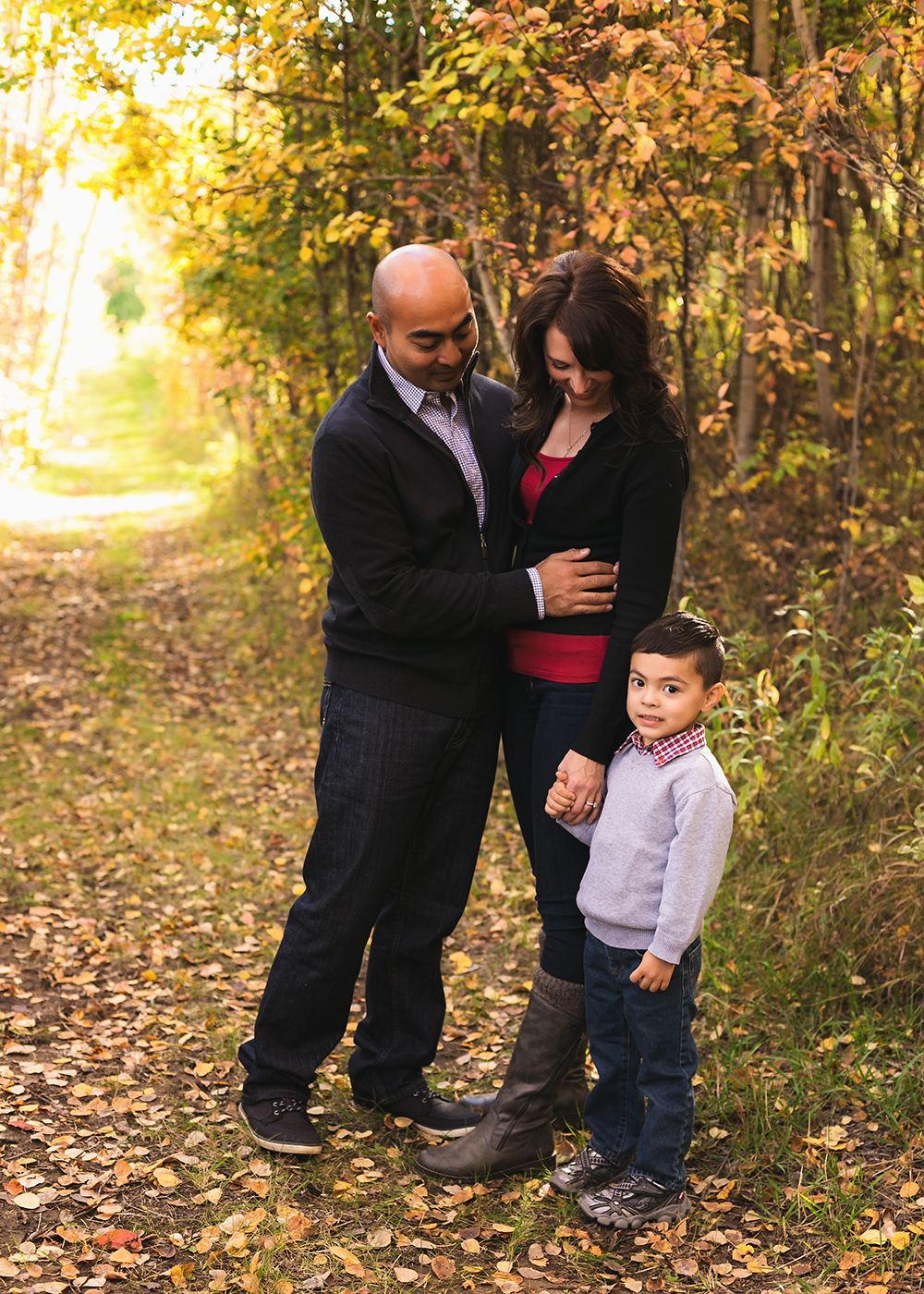 {H Family} Sneak 4_Edmonton Family Photographer.jpg