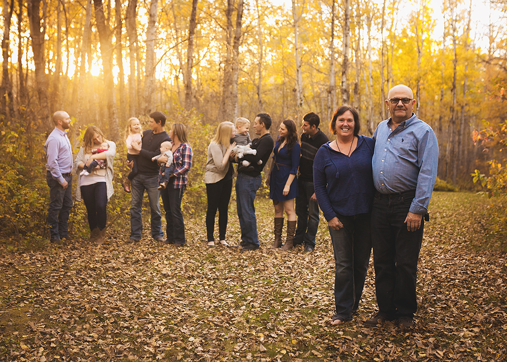 {E Family} Sneak 3_Edmonton Family Photographer.jpg
