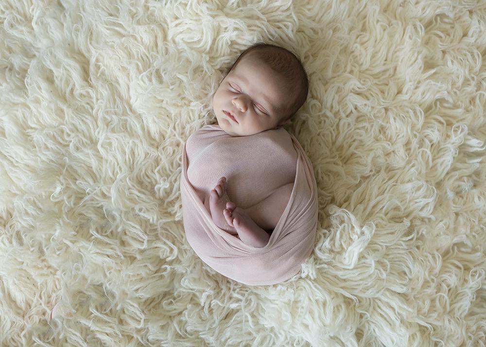 Edmonton Newborn Photographer_Baby Alena Sneak 4.jpg