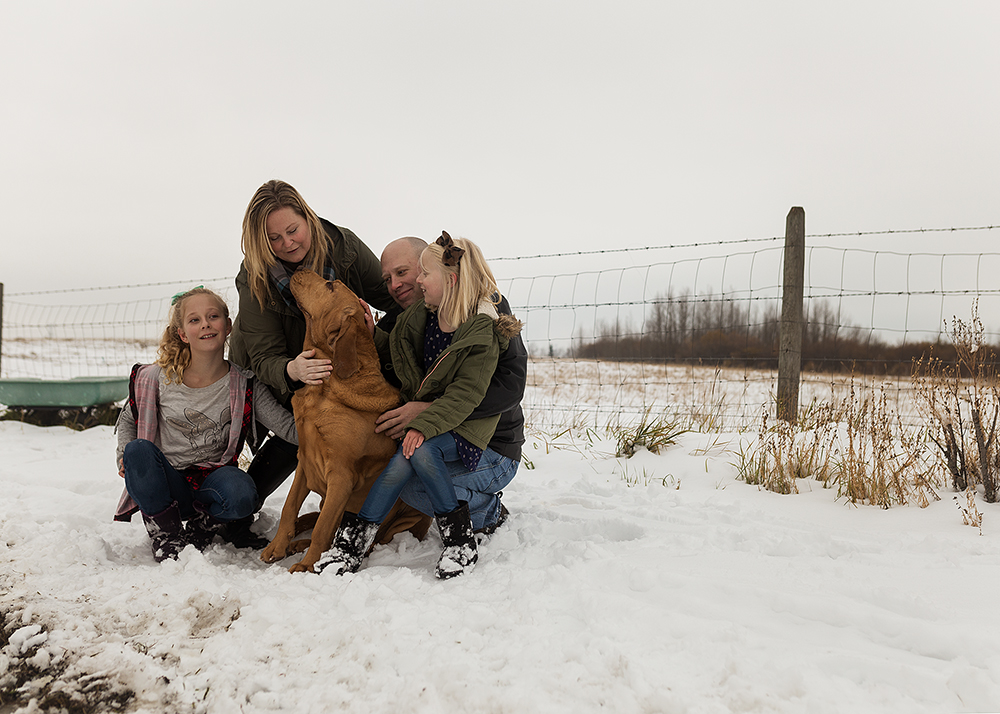 Edmonton Family Photographer_Wiles Family Sneak Peek 1.jpg