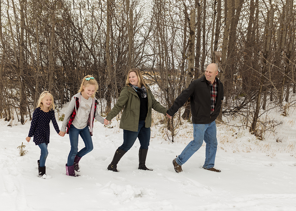 Edmonton Family Photographer_Wiles Sneak Peek 4.jpg