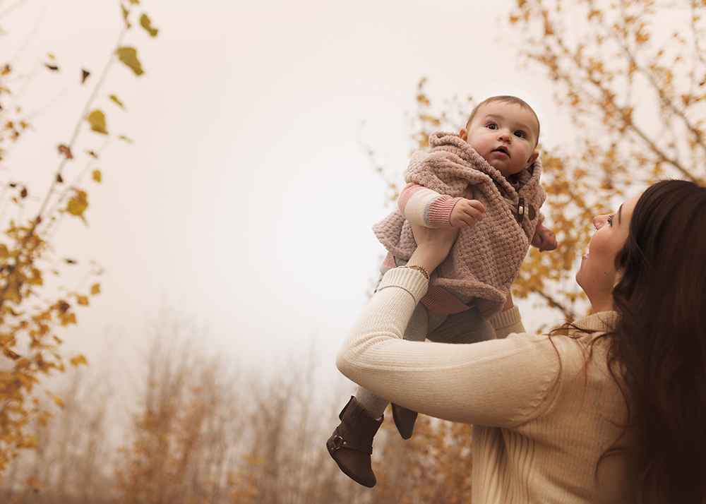 Edmonton Family Photographer_Baby Aria Sneak Peek1.jpg
