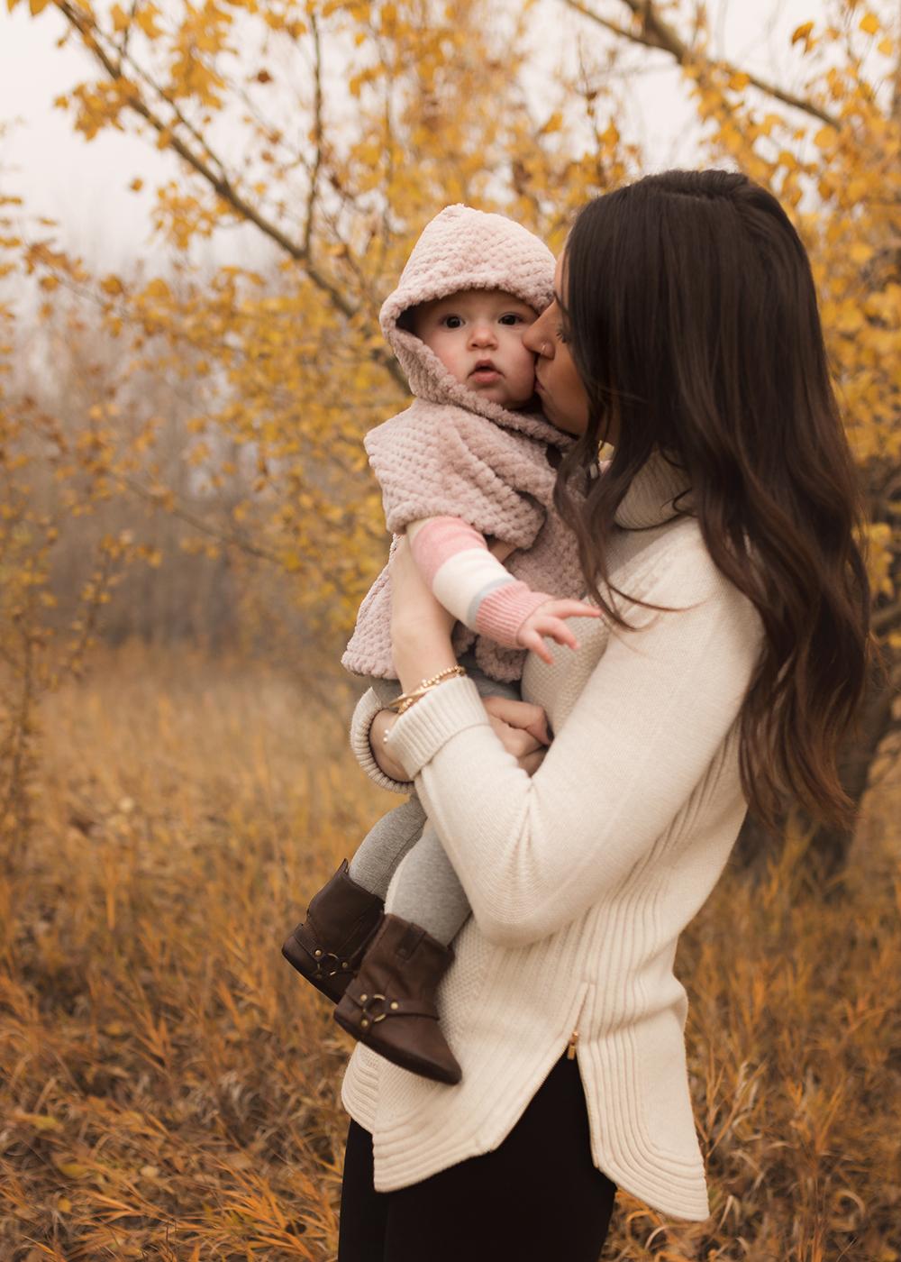 Edmonton Family Photographer_Baby Aria Sneak Peek3.jpg