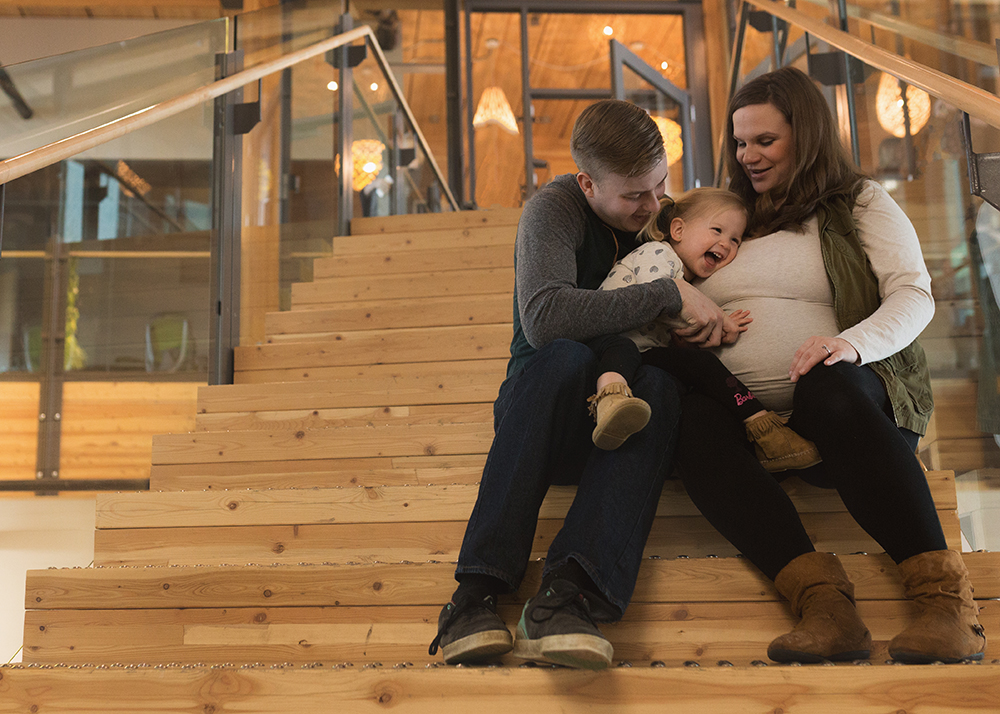 Edmonton Maternity Photographer_Melanie H Maternity 3.jpg