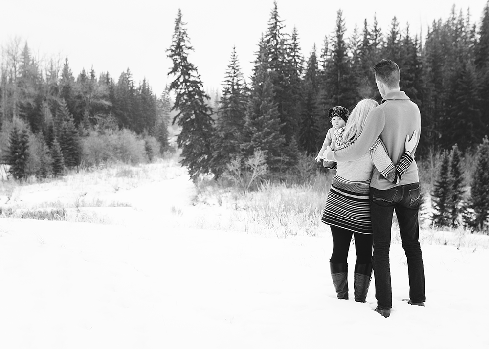 Edmonton Family Photographer_K Family Sneak Peek 4.jpg