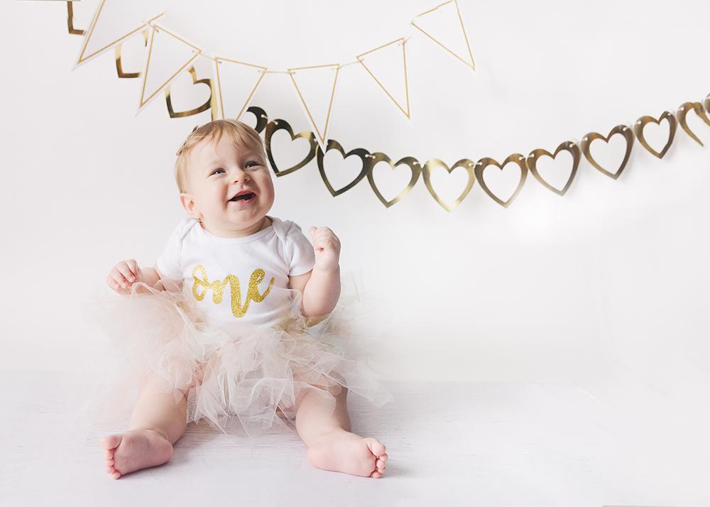 Edmonton Milestone Photographer_Ellie First Birthday 6.jpg