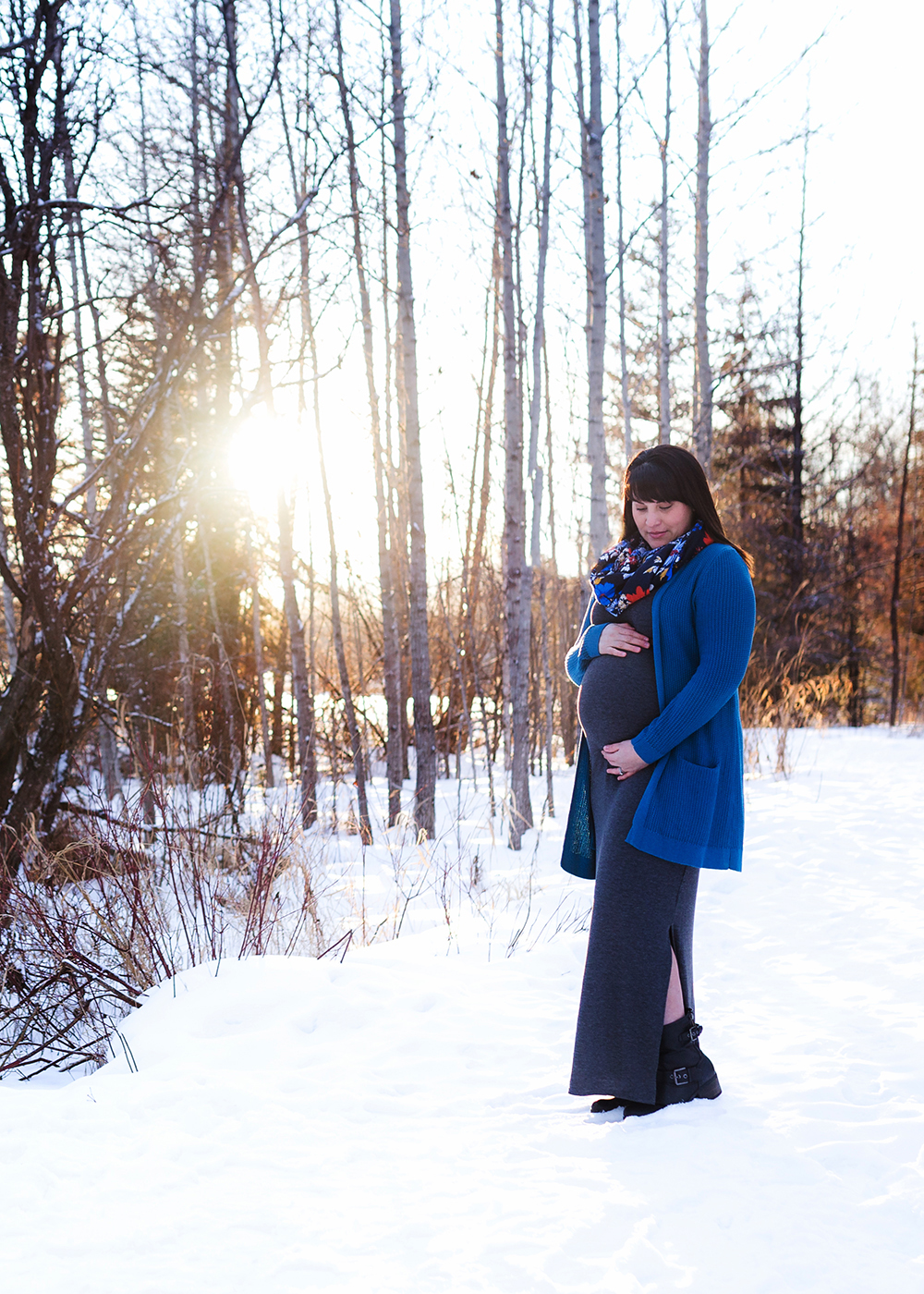 Edmonton Maternity Photographer_Alicia Sneak Peek 6.jpg