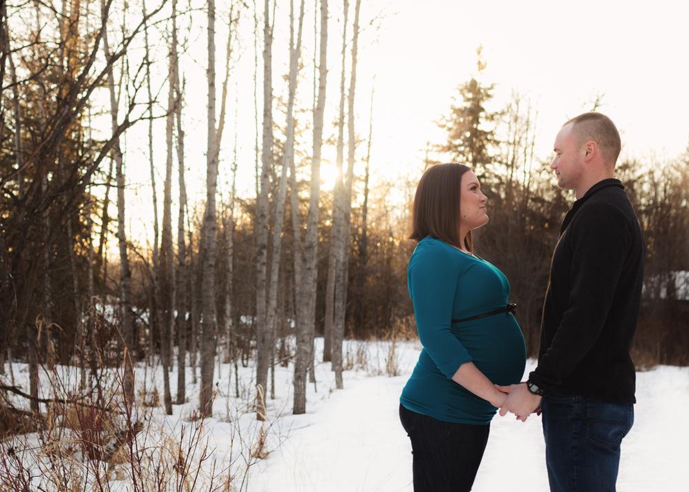 Edmonton Maternity Photographer_Sam Sneak Peek 1.jpg