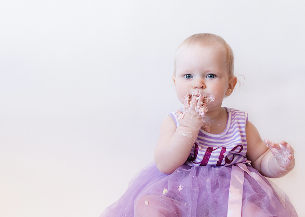Edmonton Milestone Photographer_Lenna First Birthday 9.jpg