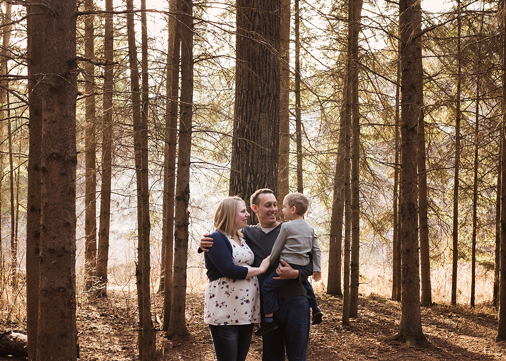 Edmonton Maternity Photographer_Jennifer Sneak Peek 1.jpg