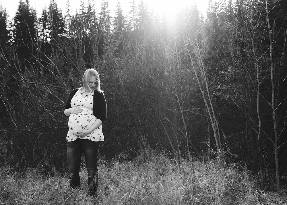 Edmonton Maternity Photographer_Jennifer Sneak Peek 6.jpg