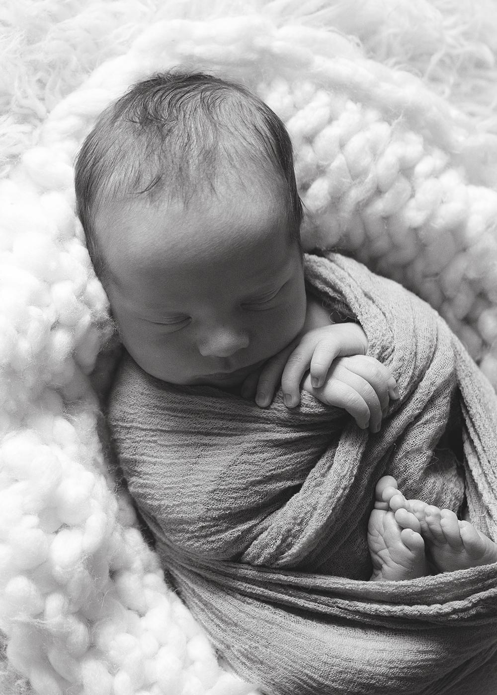 Edmonton Newborn Photographer_Baby Oliver 10.jpg