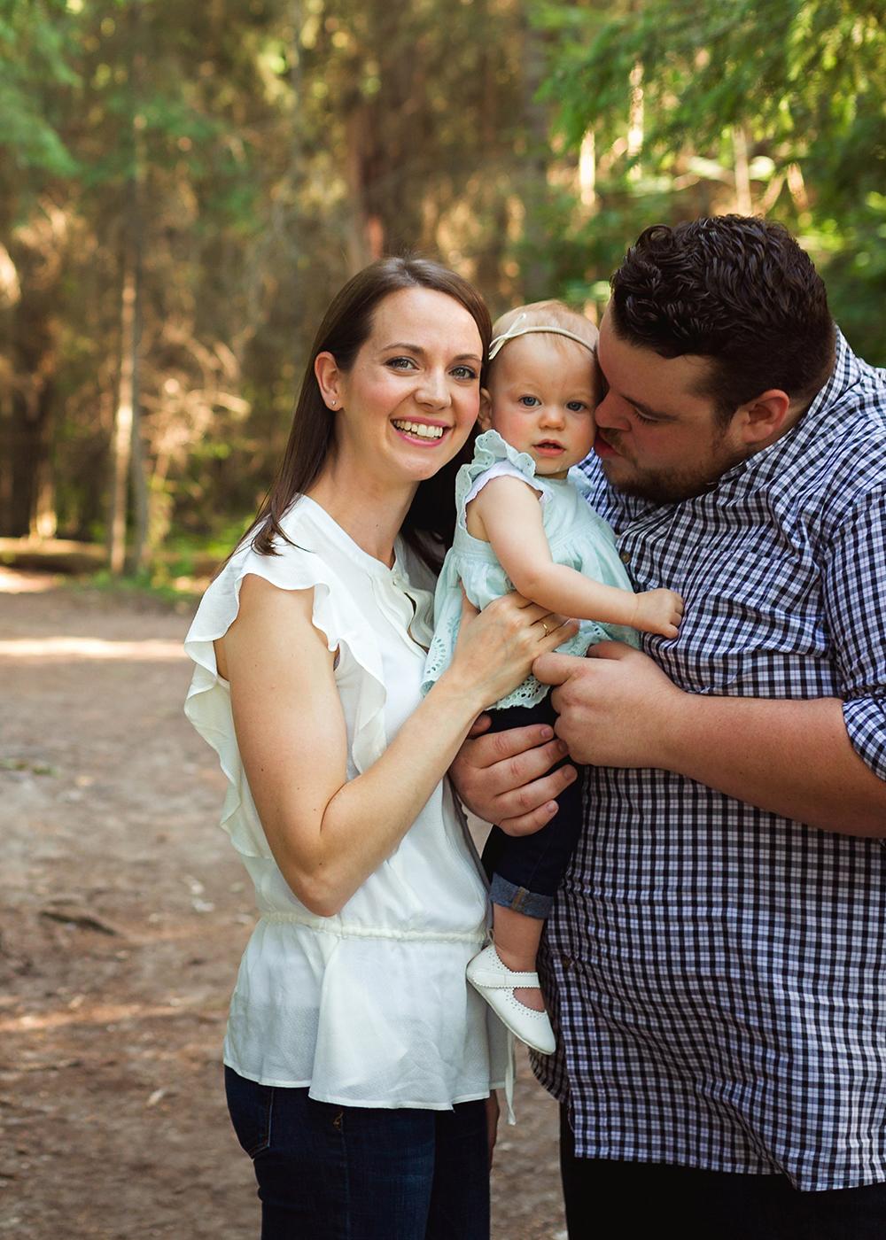 Edmonton Family Photographer_Stuart Family Sneak Peek 1.jpg