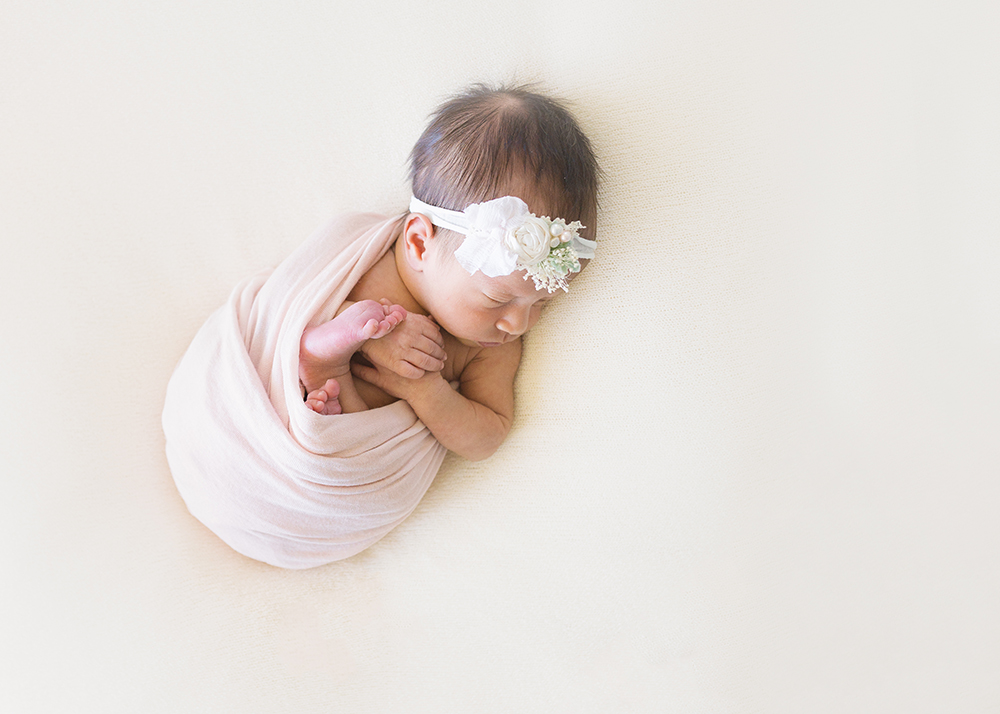 Edmonton Newborn Photographer_Baby Laila Sneak Peek 3.jpg