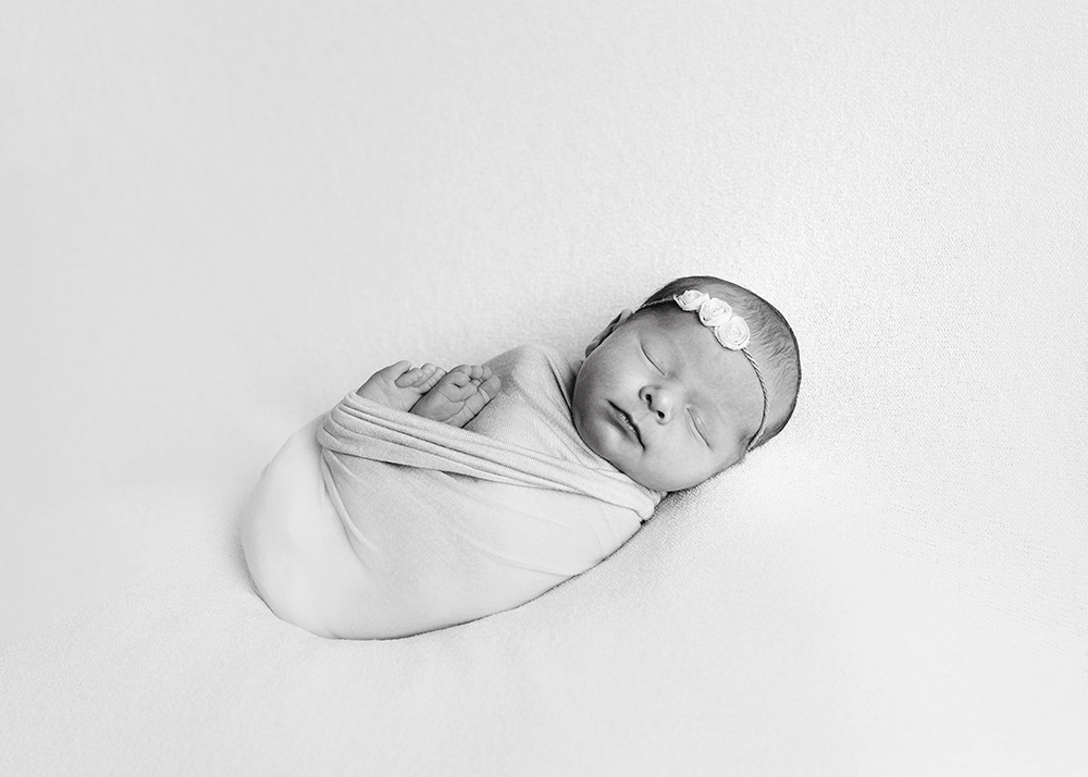 Edmonton Newborn Photographer_Baby Makenna Sneak Peek 8.jpg
