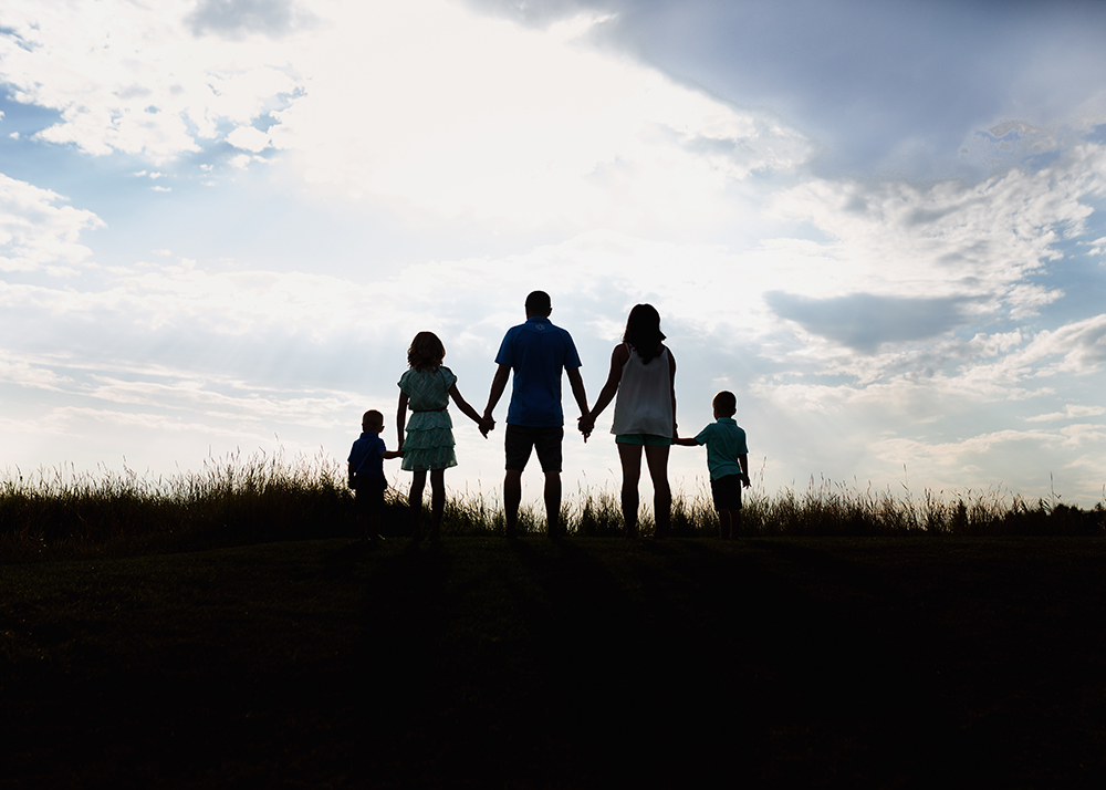 Edmonton Family Photographer_Tebb Family Sneak Peek 1.jpg