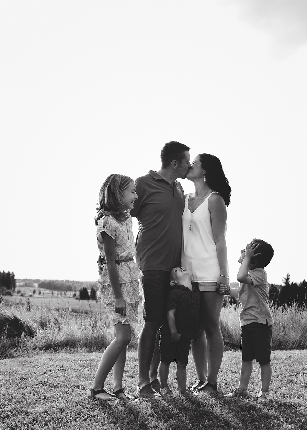 Edmonton Family Photographer_Tebb Family Sneak Peek 2.jpg