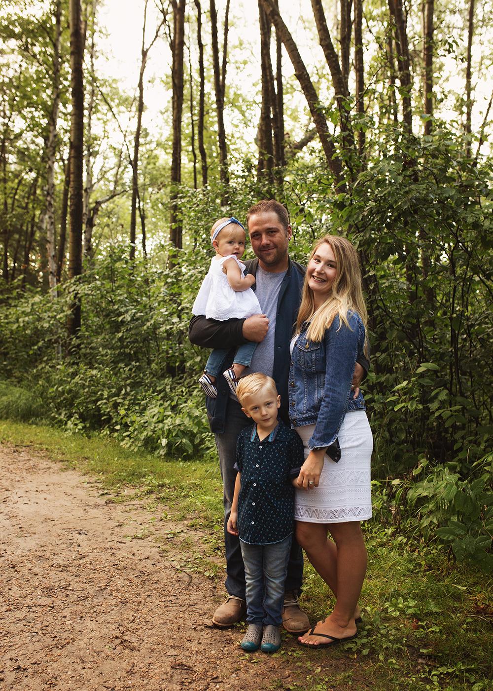 Edmonton Extended Family Photographer_Miller Family 6.jpg