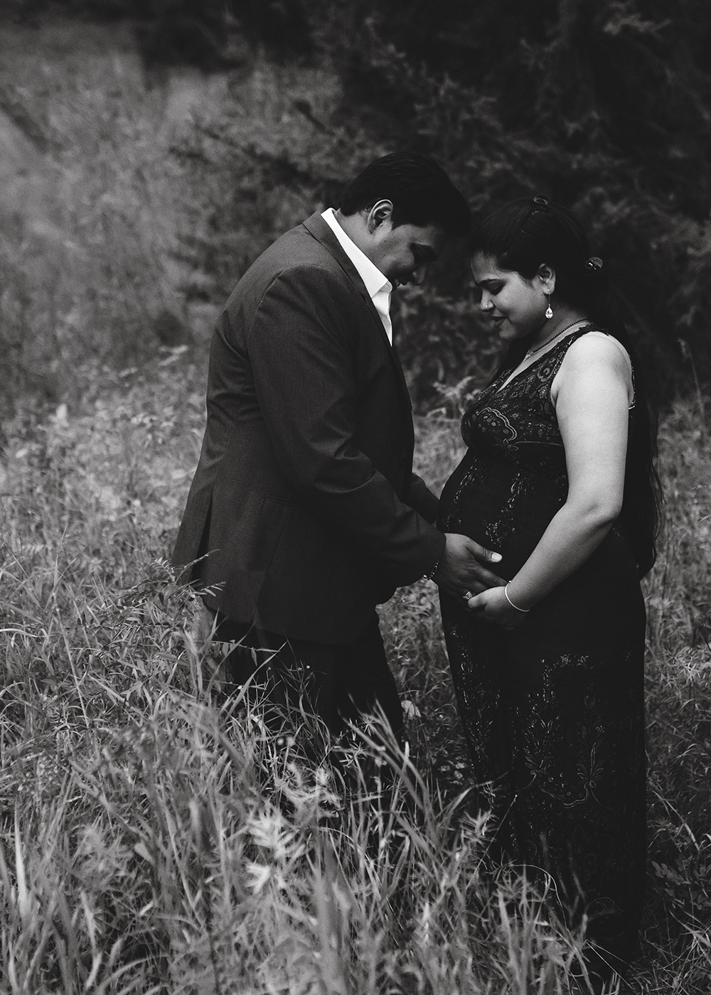 Edmonton Maternity Photographer_Jyoti Sneak Peek 1.jpg