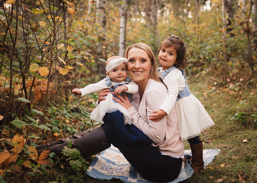 Edmonton Mommy and Me Photographer_Hayley Sneak Peek6.jpg