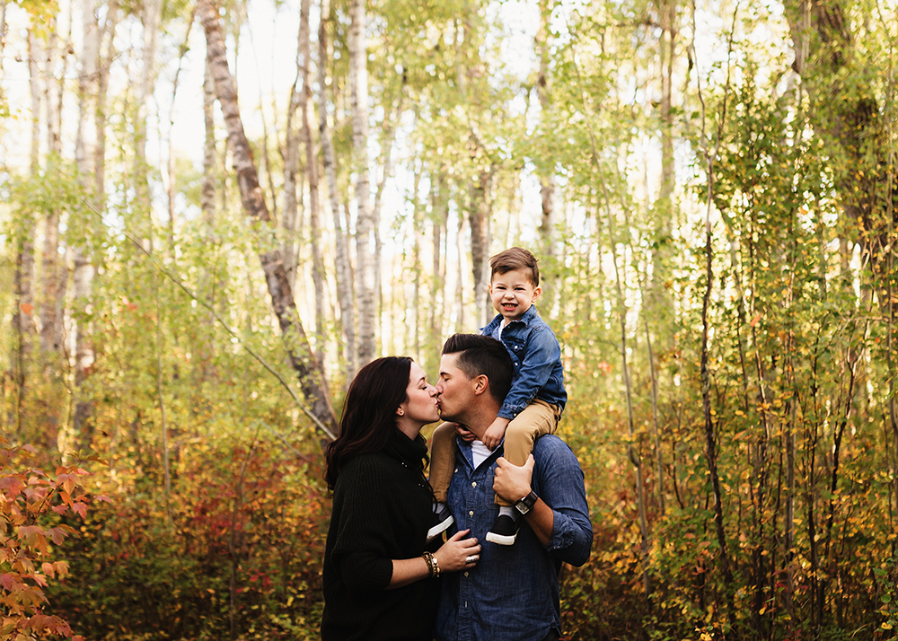 Edmonton Family Photographer_Bishop Famil Sneak Peek 3.jpg