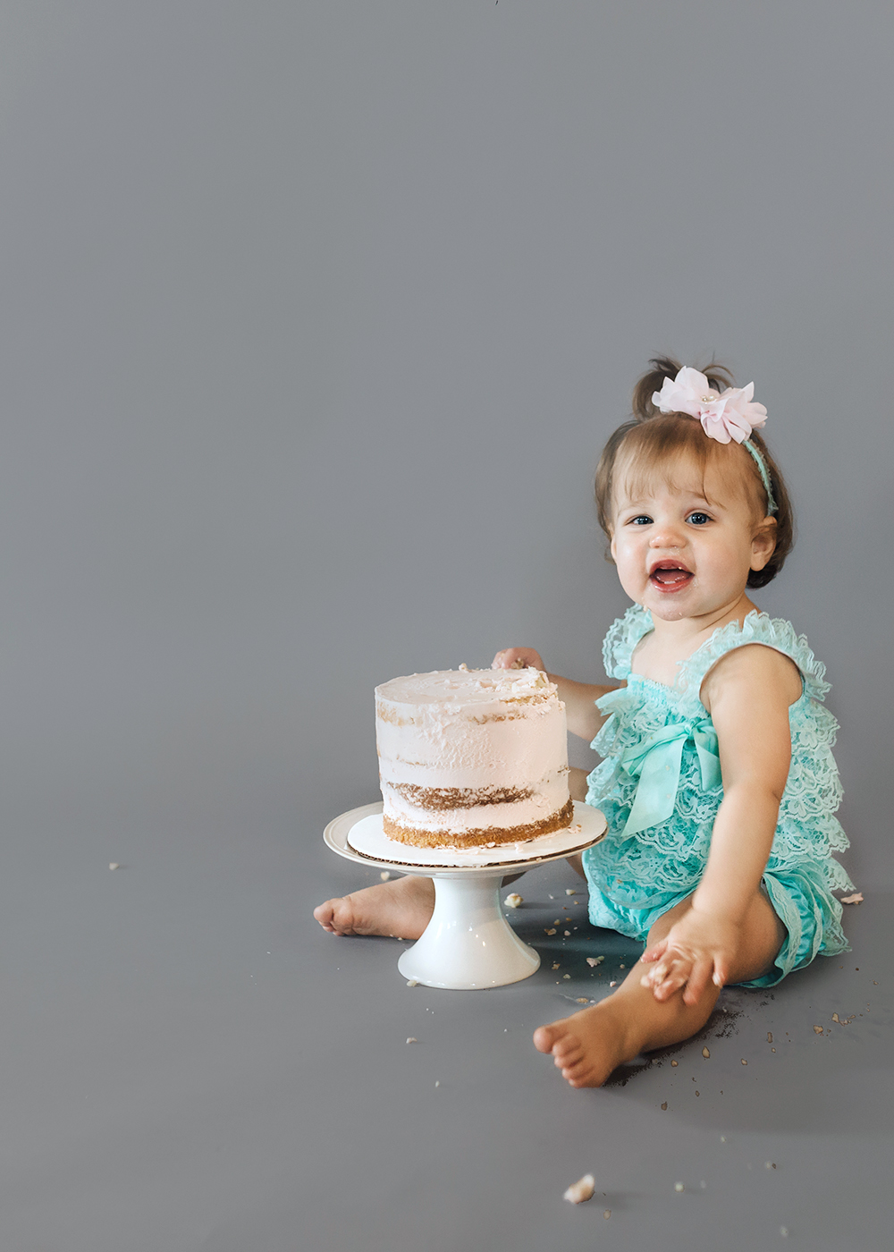 Edmonton Milestone Photographer_Alena First Birthday 6.jpg