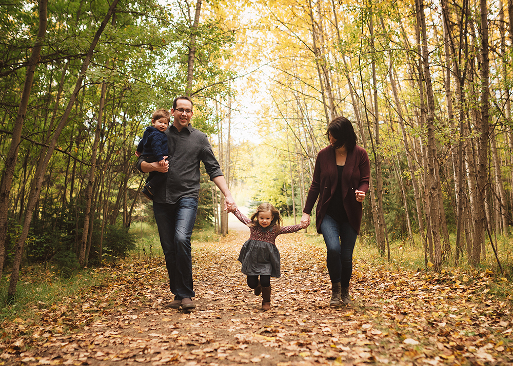 Edmonton Family Photographer_McRoberts Family Sneak Peek 1.jpg