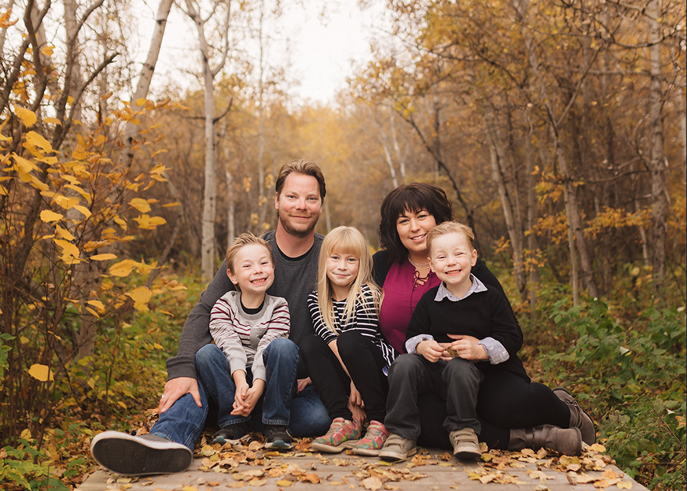 Edmonton Family Photographer_Labrenz Family Sneak Peek 4.jpg