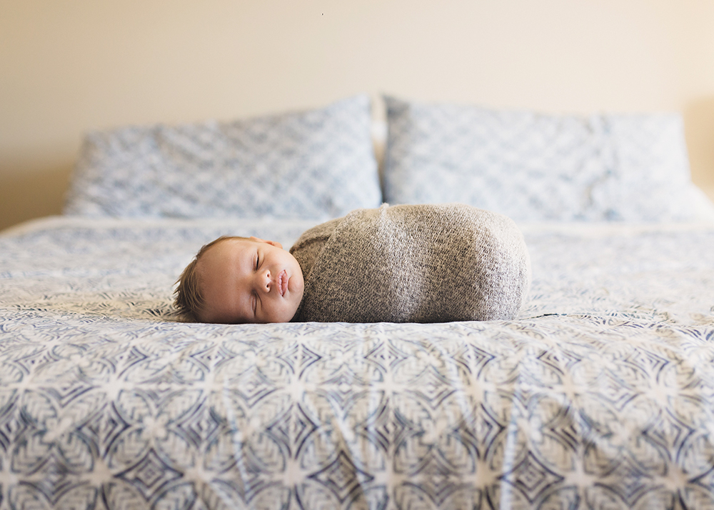 Edmonton Newborn Photographer_Baby Liam Sneak Peek 1.jpg