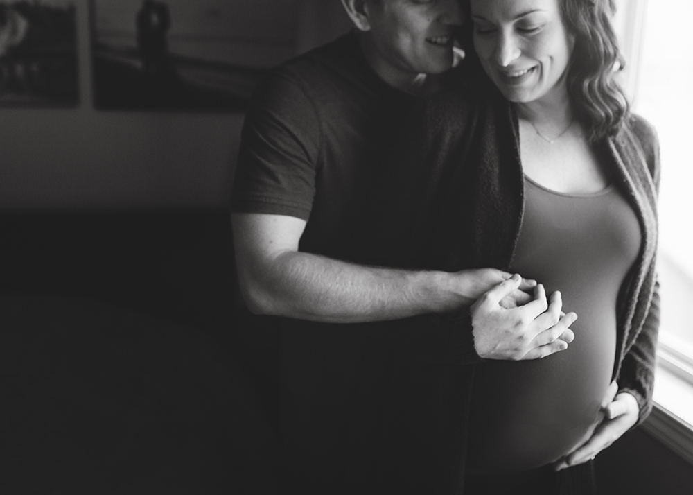 Edmonton Maternity Photographer_Lisa Sneak Peek 5.jpg