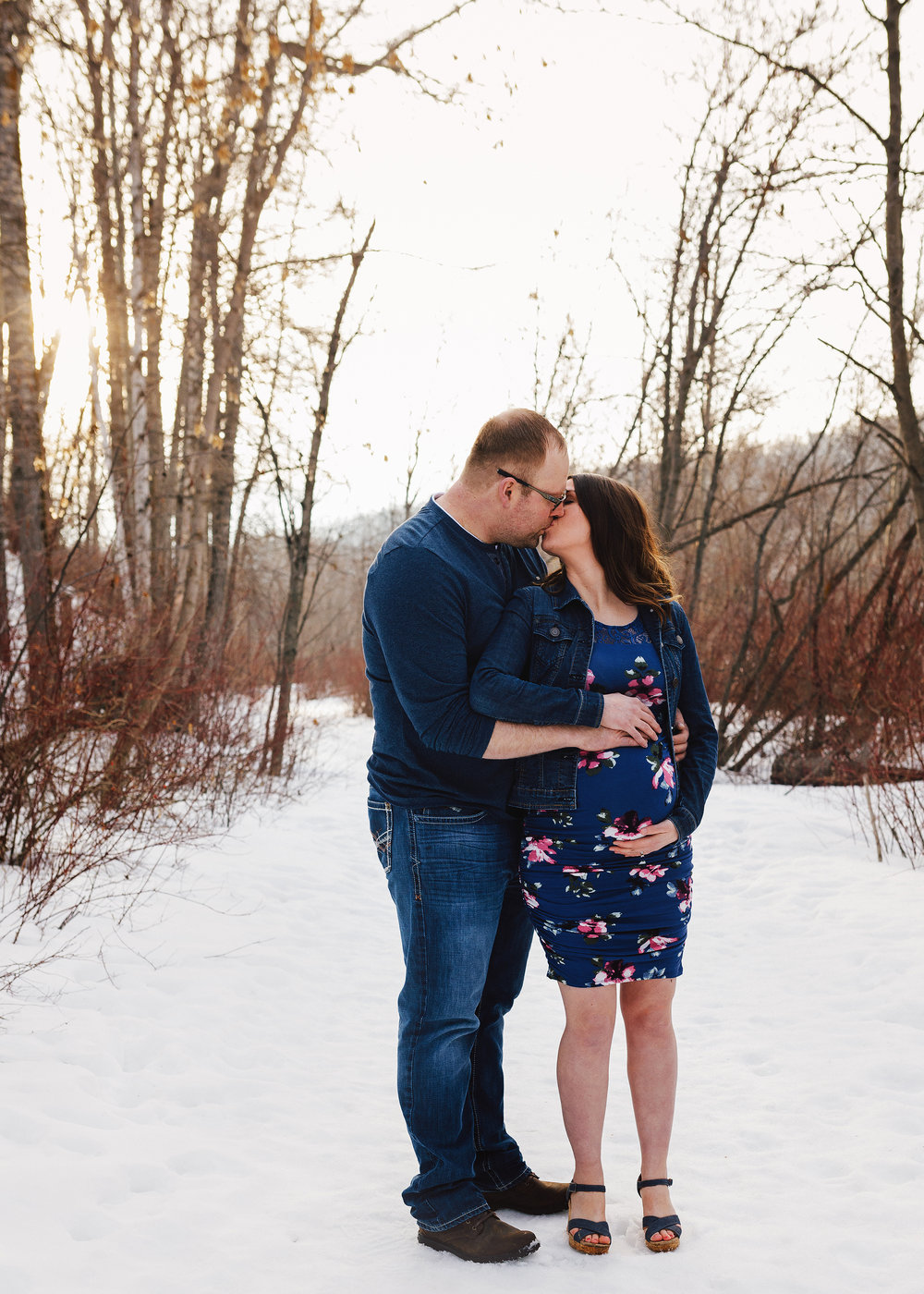 Edmonton Maternity Photographer_Brittany Sneak Peek 11.jpg
