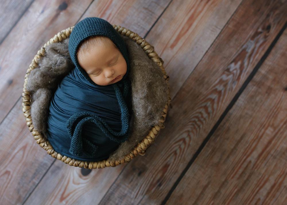 Edmonton LGBQT Newborn Photographer 6.jpg