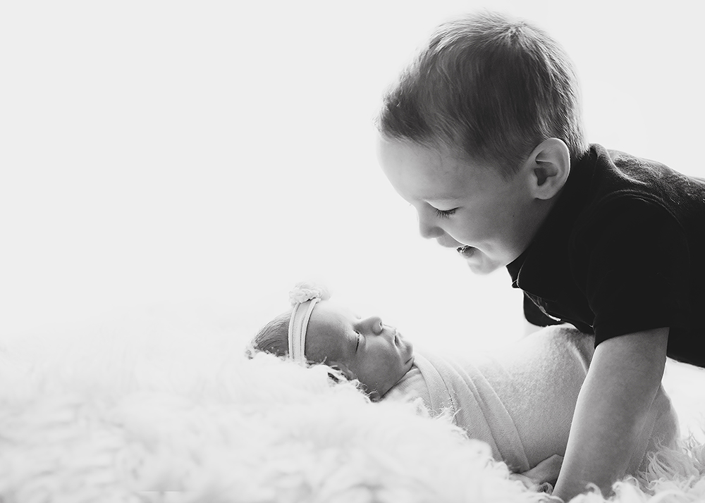 Edmonton Newborn Photographer_Baby Mariah Sneak Peek 1.jpg