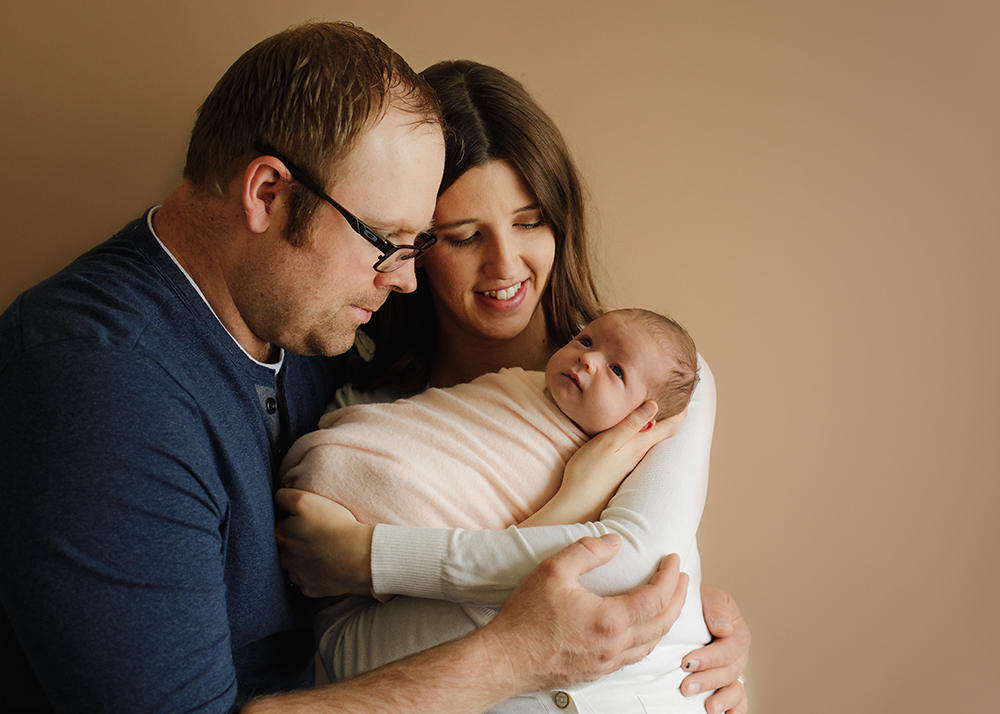 Edmonton Newborn Photographer_Baby Mariah Sneak Peek 4.jpg
