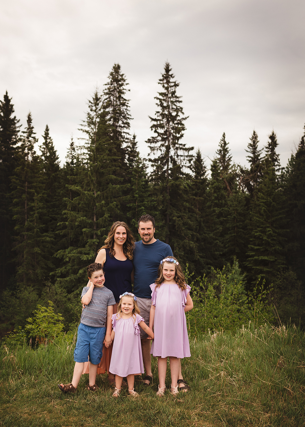 Edmonton Family Photographer_Voss Family Sneak Peek 1.jpg