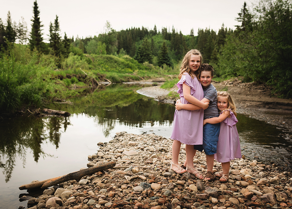 Edmonton Family Photographer_Voss Family Sneak Peek 11.jpg