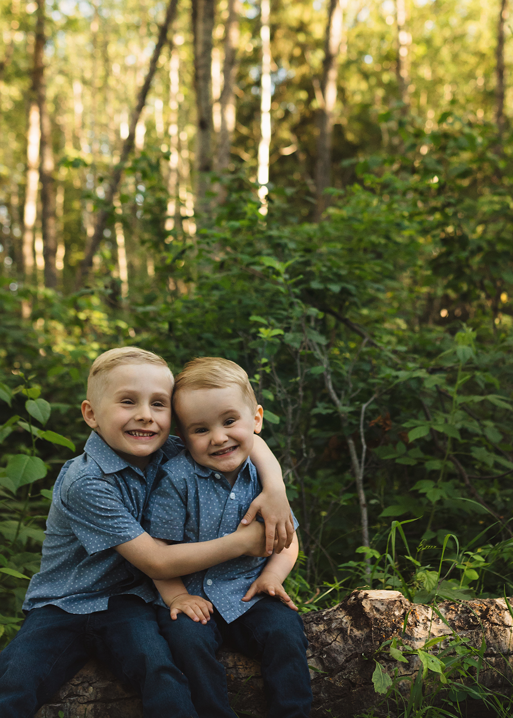 Edmonton Family Photographer_Berg Family Sneak Peek 1.jpg