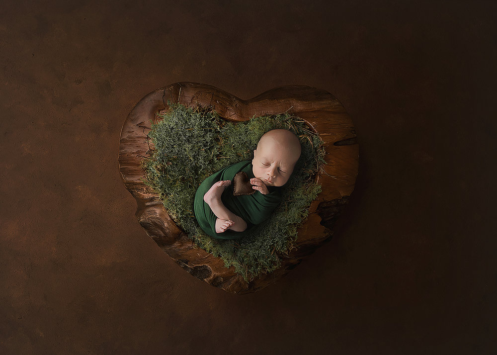 Spruce Grove Newborn Photographer_Baby Logan Sneak Peek 13.jpg