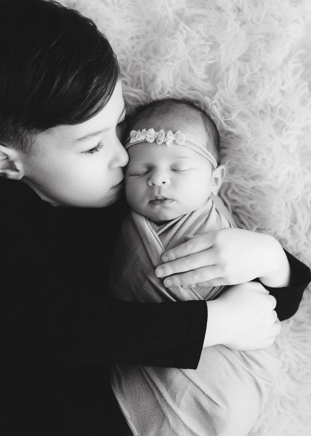 Edmonton Newborn Photographer_Baby Tenleigh 2.jpg