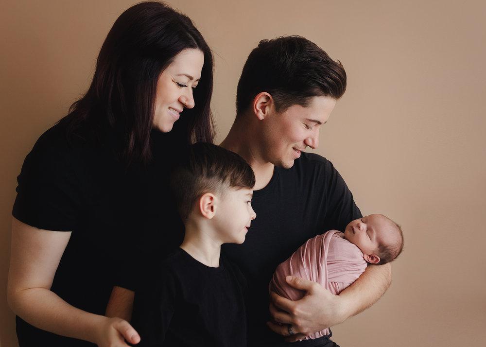 Edmonton Newborn Photographer_Baby Tenleigh 7.jpg