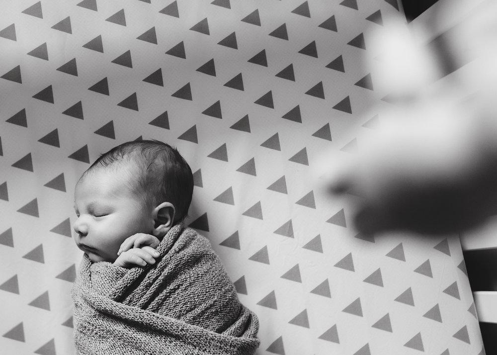 Edmonton Newborn Photographer_Baby Graeme 6.jpg