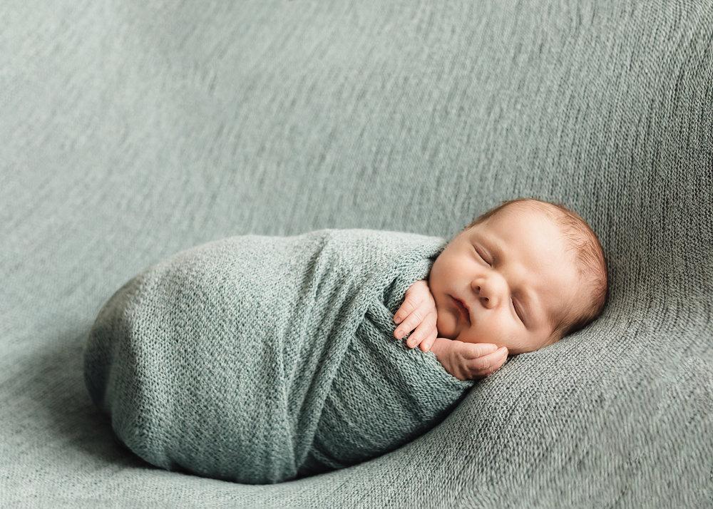Edmonton Newborn Photographer_Baby Graeme 9.jpg
