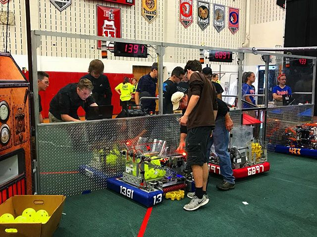 Back at it. @westtownschool #omgrobots