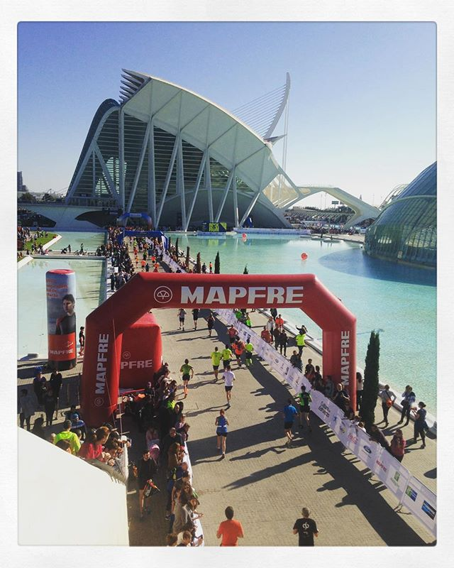 A glimpse of the Marathon that Valencians participated yesterday! 🇪🇸👟 #healthycity #igersvalencia