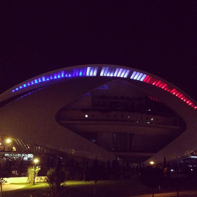 Valencia Prays for Paris! 🇫🇷#prayforparis #igersvalencia
