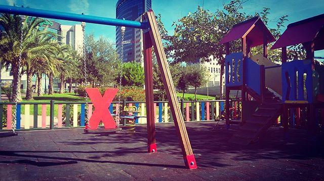 Ya se acabo el fin de semana pero estamos llenos de energía para mañana!! Como siempre, la X haciendo de la suyas. #TED #TEDx #TEDxTalks #TEDXBERKLEEVALENCIA #tedxbv #tedxbv16 #DondeEstaLaX #WhereIsTheX #igersvalencia #igersvalencians #somewhereinvalencia #valenciagram #valencia #valenciaspain #spain #españa