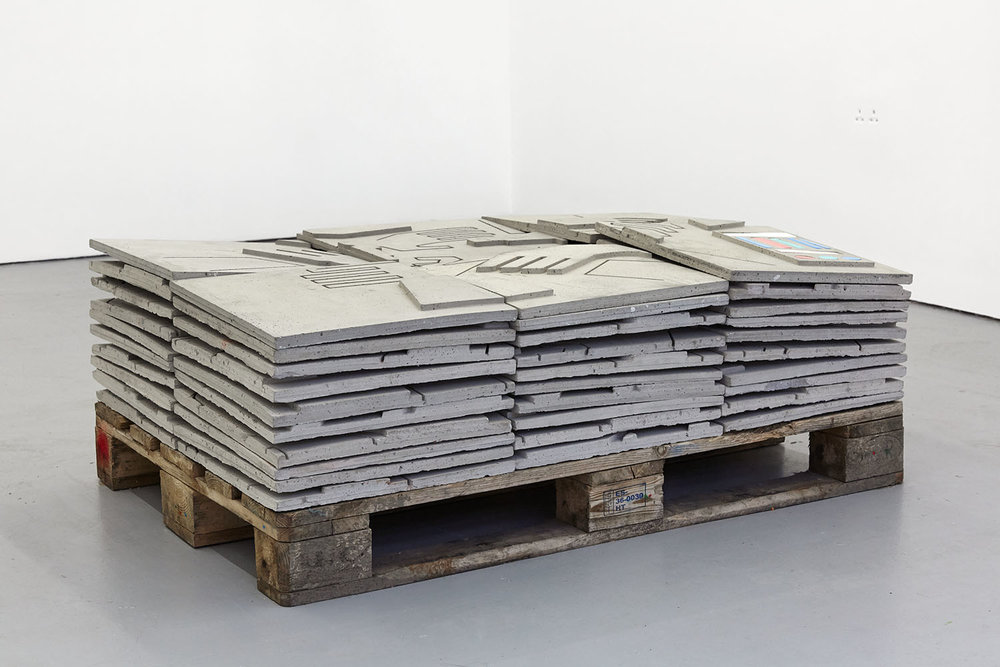 Grasp Concrete, jesmonite and wood 42 x 120 x 80 cm, 2018
