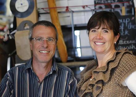 En 2013, Anne-Constance, Jean-Marc et leurs 3 enfants ont tout quitté pour venir s'installer en Nouvelle-Zélande. 3 ans plus tard, grâce à l'aide de New Zealand Services, le pari est réussi!