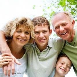 homestay_family.jpg